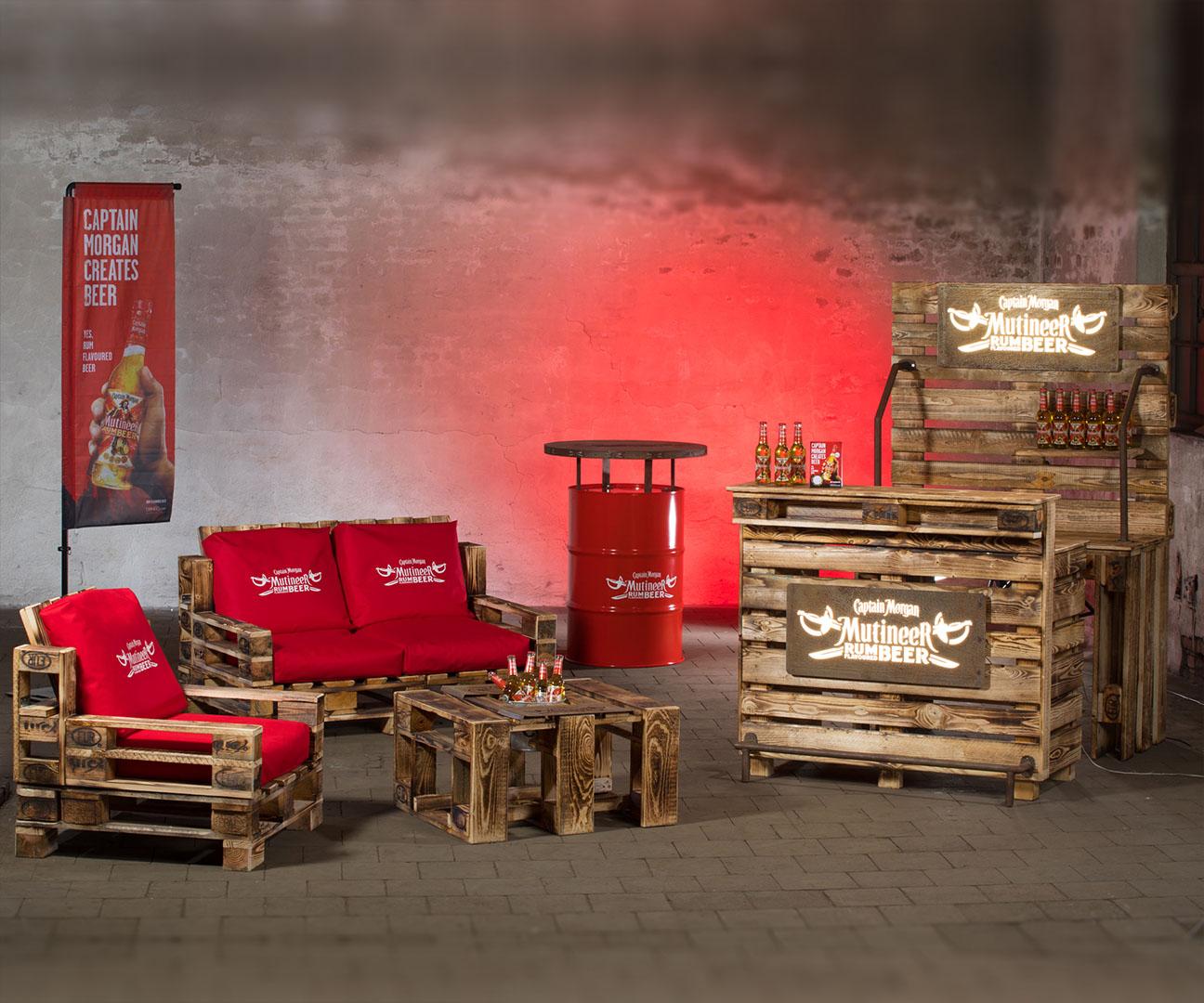 Local Heros Dortmund - Der Kunde ist bei uns König - Firmenlogos gelasert in diverse Materialen und als Druck auf Kissen