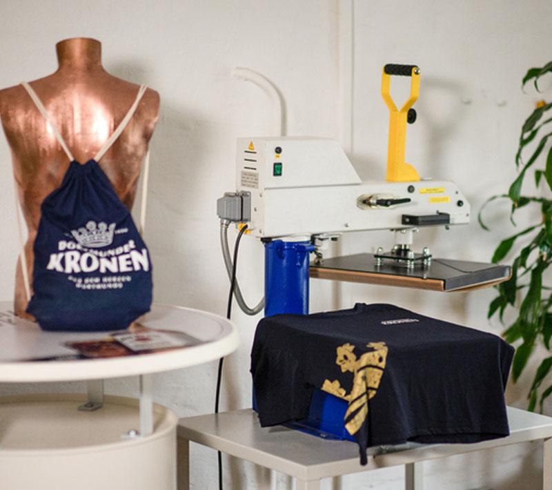 Local Heros Dortmund - Eine Erfolgsstory - T-Shirts Dortmunder Kronen