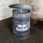 LHD-Stehtonne-Red-Bull-Gross